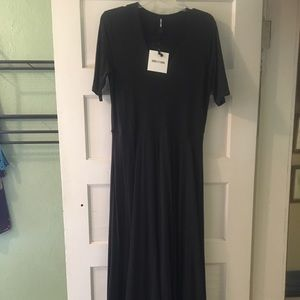 Agnes & Dora Austen Essential Dress